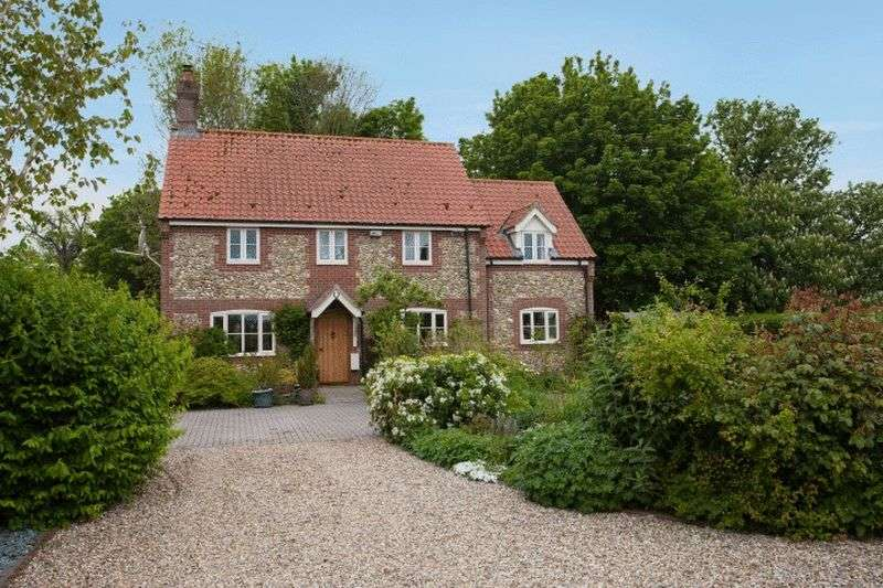 4 Bedrooms Detached House for sale in West Raynham, Norfolk