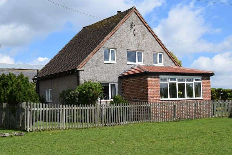 3 Bedrooms Detached House for sale in East Heddon, Heddon on the Wall, Newcastle Upon Tyne