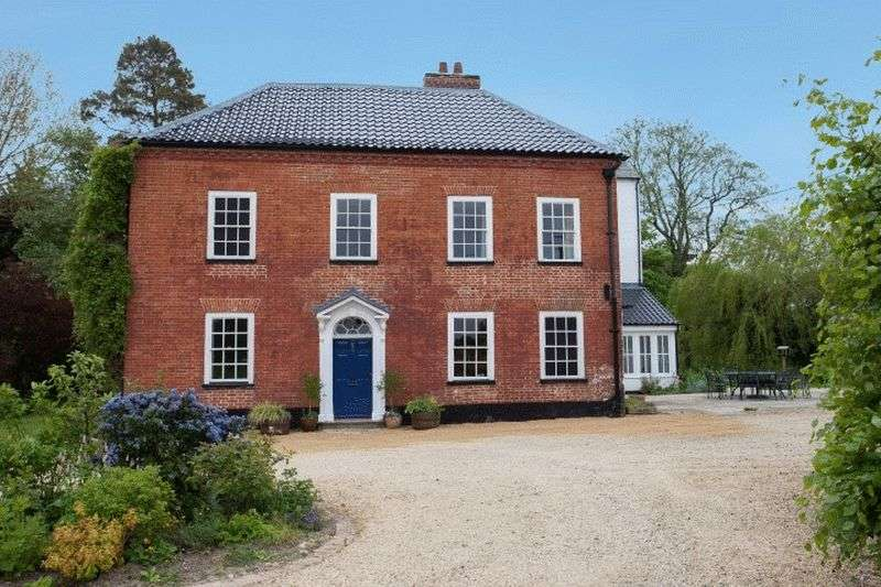 6 Bedrooms House for sale in Worthing, Norfolk