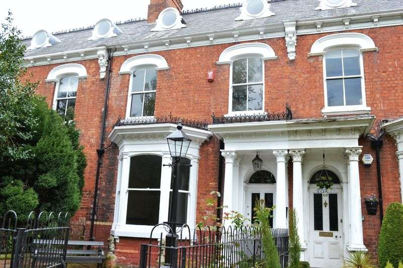 6 Bedrooms Property for sale in Abbey Road, Grimsby