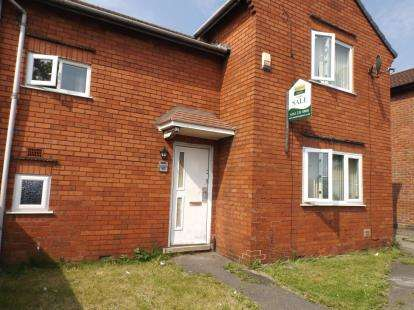 3 Bedrooms Semi Detached House for sale in Thomson Road, Manchester, Greater Manchester