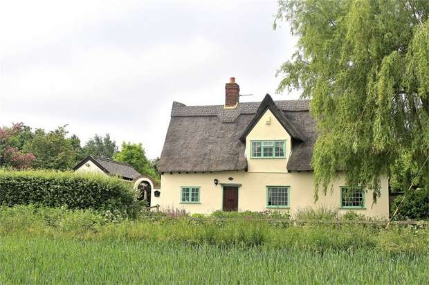 4 Bedrooms Cottage House for sale in Shalford, Braintree, Essex