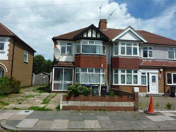 3 Bedrooms House for sale in Upton Road, London