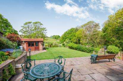 4 Bedrooms Detached House for sale in Shanklin, Isle Of Wight, Hants