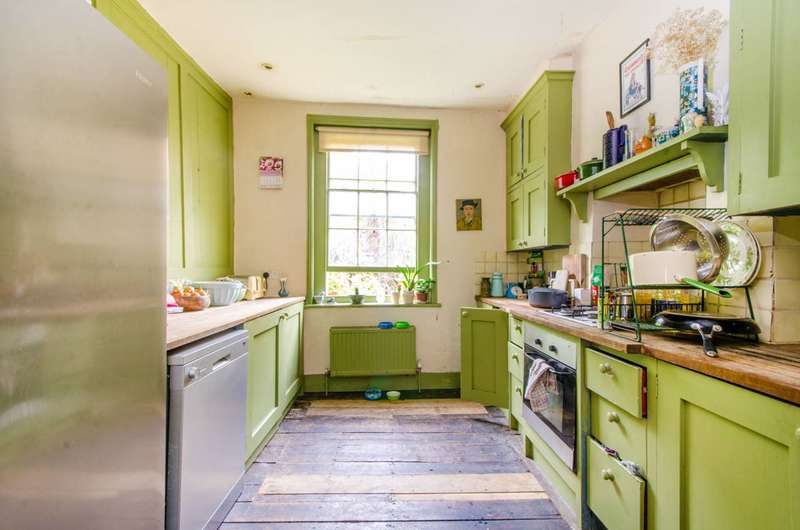 3 Bedrooms House for sale in New Road, Aldgate, E1
