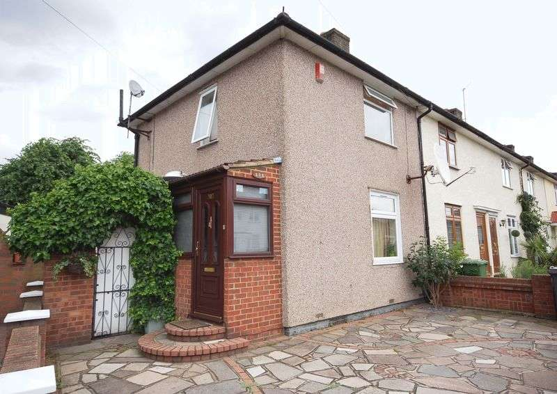3 Bedrooms Semi Detached House for sale in Rugby Road, Dagenham