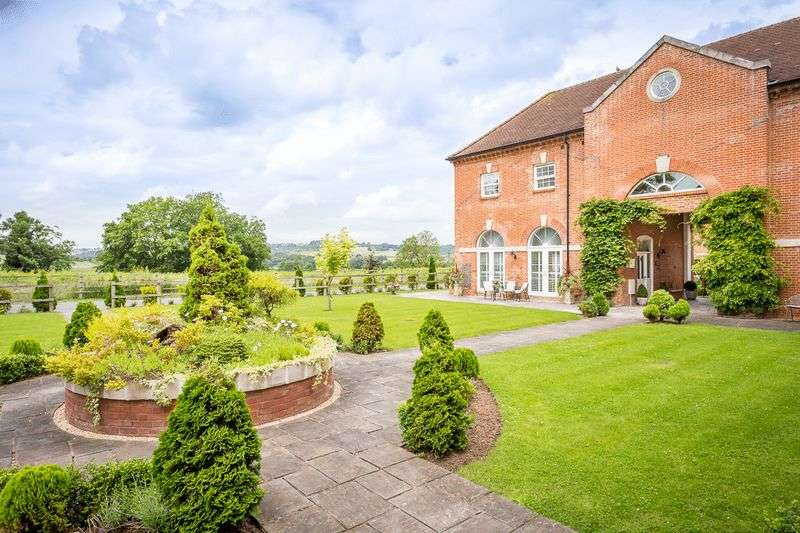 4 Bedrooms House for sale in Stanford Bridge, Heart of the Teme Valley, Worcestershire