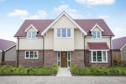 4 Bedrooms Detached House for sale in Horsley Cross, Manningtree