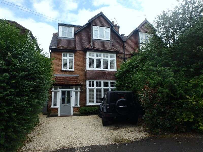 6 Bedrooms Semi Detached House for sale in Worple Road, Epsom