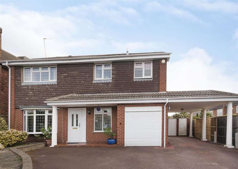 4 Bedrooms Property for sale in Grangewood Road, Wollaton