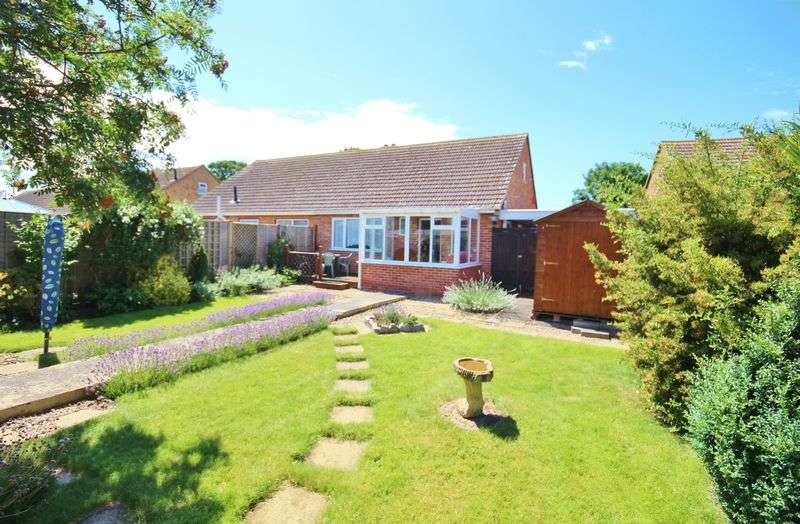 2 Bedrooms Semi Detached Bungalow for sale in Rosewood Close, Burnham-On-Sea