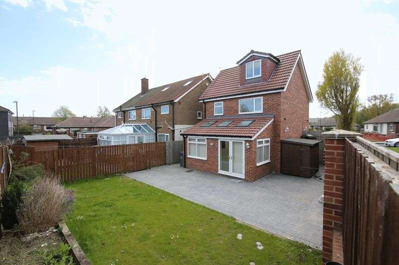 3 Bedrooms Detached House for sale in Beresford Avenue, Hebburn