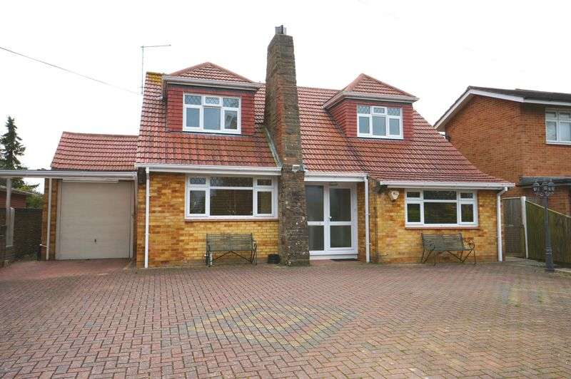 5 Bedrooms Detached House for sale in North Shore Road, Hayling Island