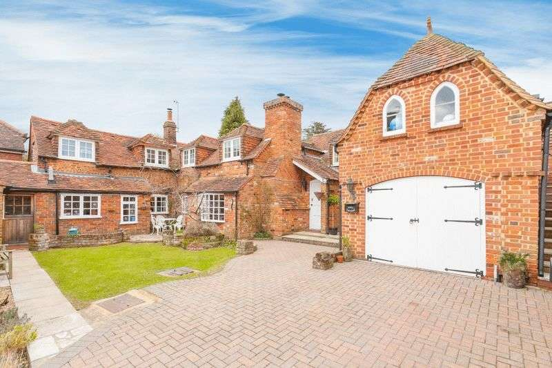 5 Bedrooms House for sale in Loosley Row
