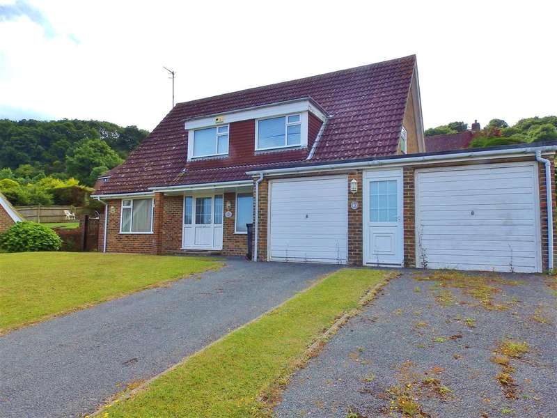 4 Bedrooms Detached House for sale in Wells Close, Eastbourne