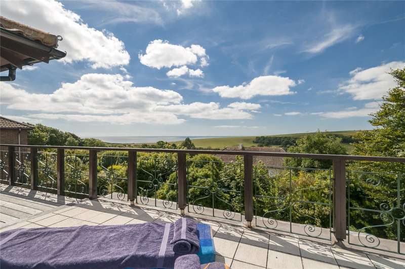 4 Bedrooms Detached House for sale in Longhill Road, Ovingdean, Brighton, East Sussex, BN2