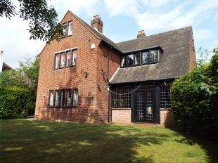 6 Bedrooms Detached House for sale in Oakwood Avenue, Purley, Surrey, England