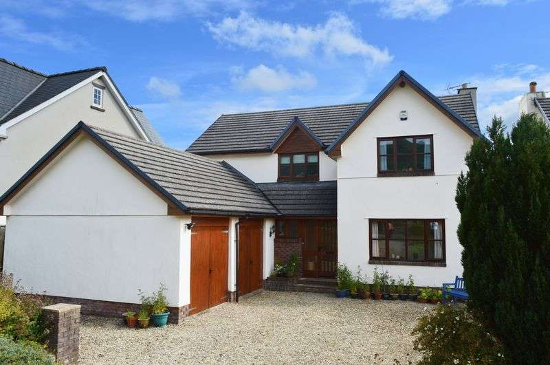 4 Bedrooms Detached House for sale in Longtown, Herefordshire