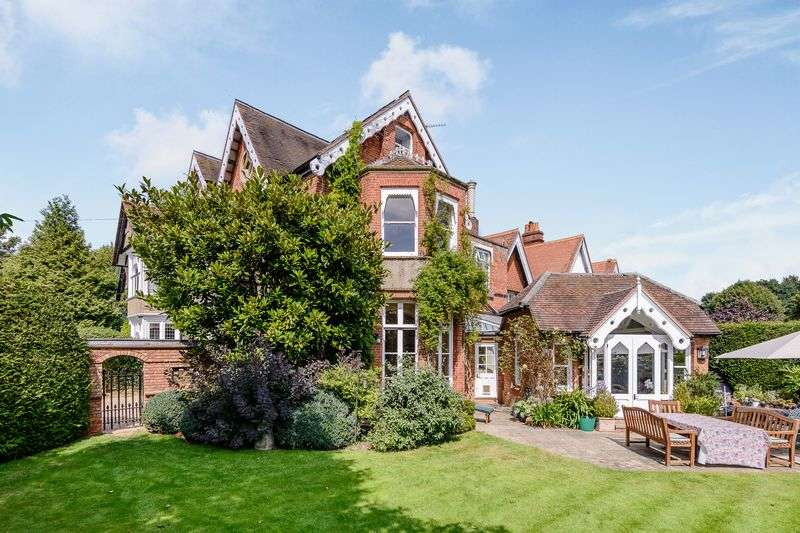 5 Bedrooms House for sale in Marlow