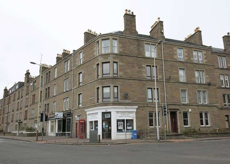 3 Bedrooms Flat for sale in 1/R, 351 Clepington Road, Dundee DD3 8AY