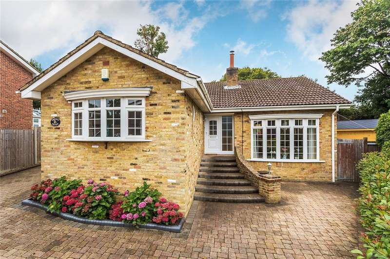 3 Bedrooms Detached Bungalow for sale in Bayards, Warlingham, Surrey, CR6