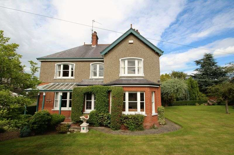 4 Bedrooms Detached House for sale in 41 Killycomain Road, Portadown
