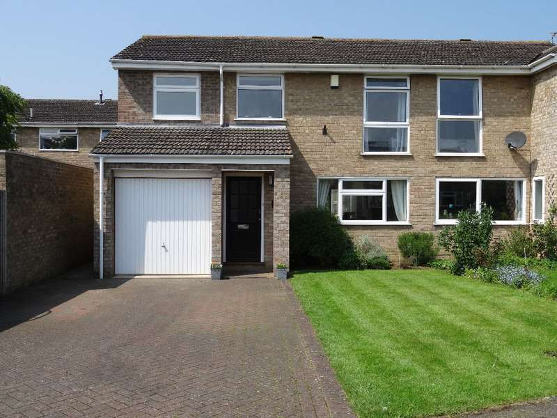 4 Bedrooms Semi Detached House for sale in CAREY WAY, OLNEY