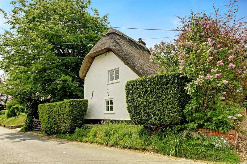 2 Bedrooms Detached House for sale in Easton Royal, Pewsey, Wiltshire, SN9