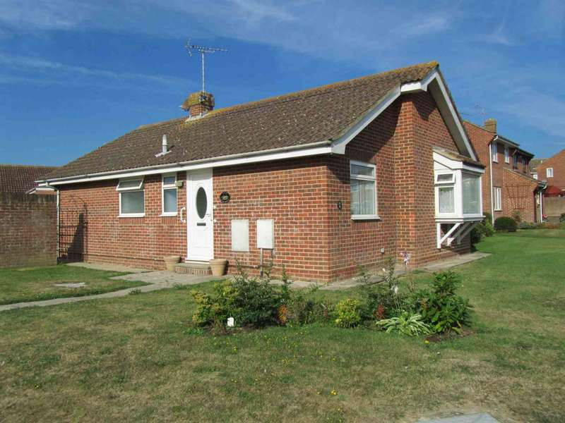 2 Bedrooms Detached Bungalow for sale in Wordsworth Drive, Eastbourne