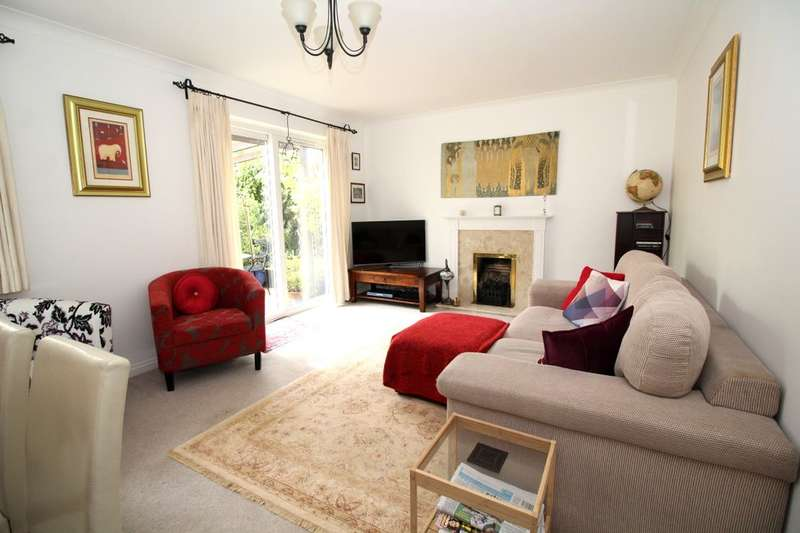 4 Bedrooms Detached House for sale in Quenby Way, Bromham, Bedford, MK43