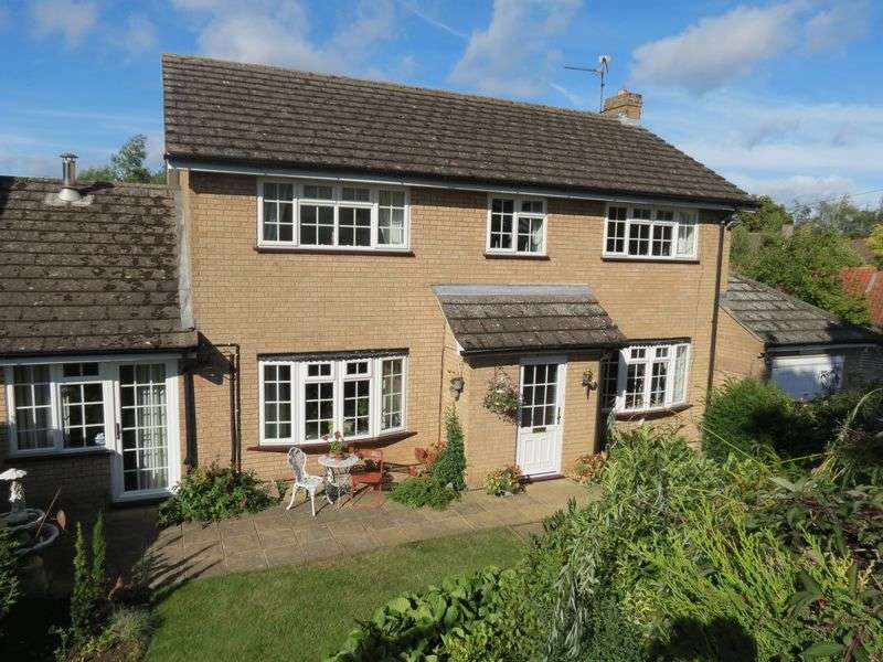 4 Bedrooms Detached House for sale in Ufford
