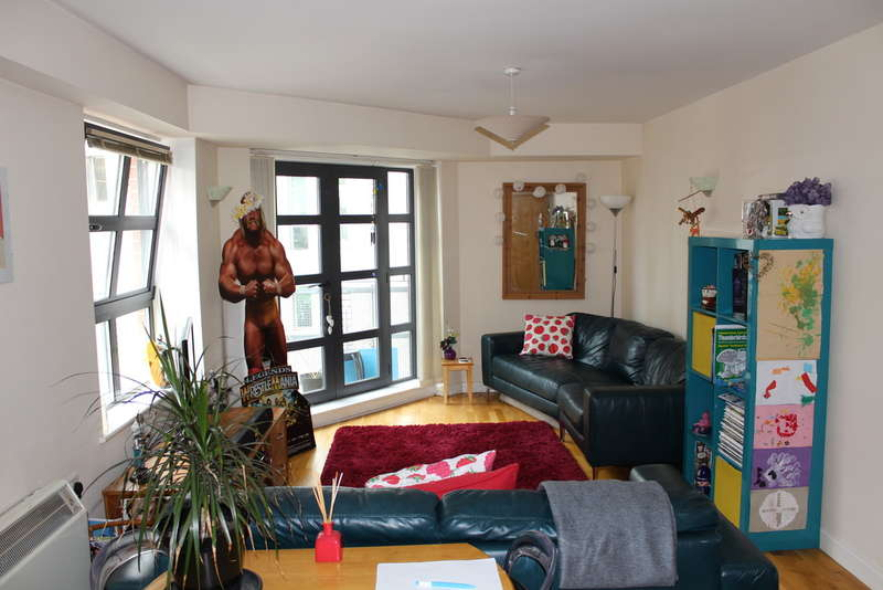 2 Bedrooms Flat for sale in Ducie Street, Manchester