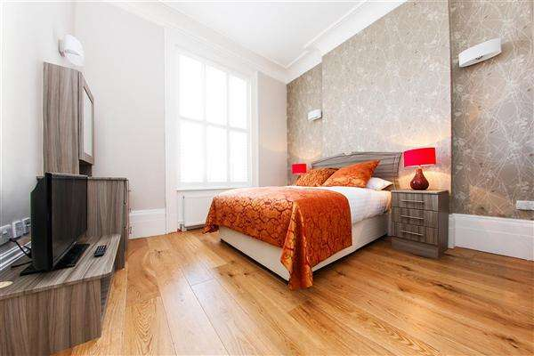 Studio in  Sussex Place  London  W2  Richmond