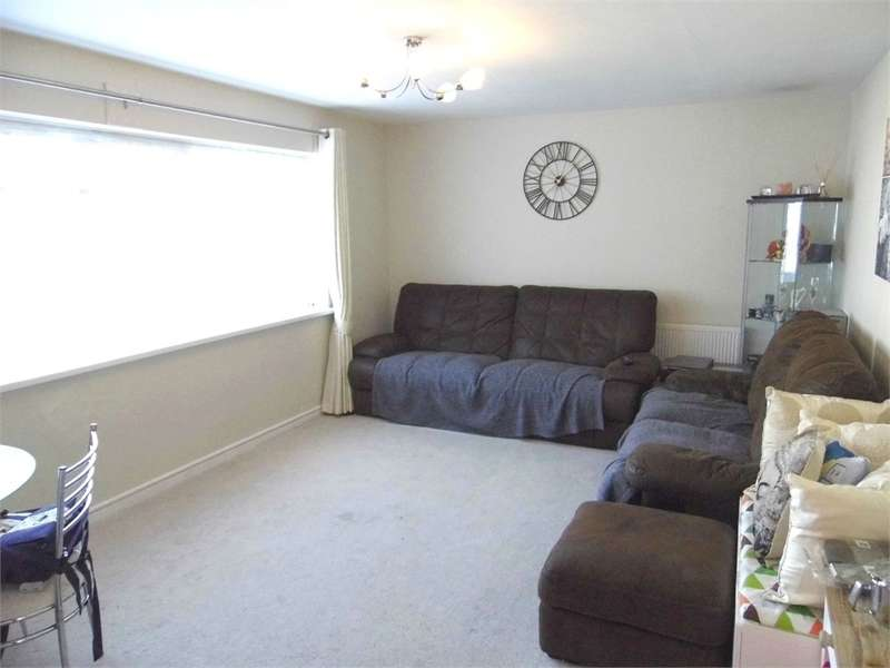 Flat in  Ander Close  Wembley  Middlesex  HA0  Richmond