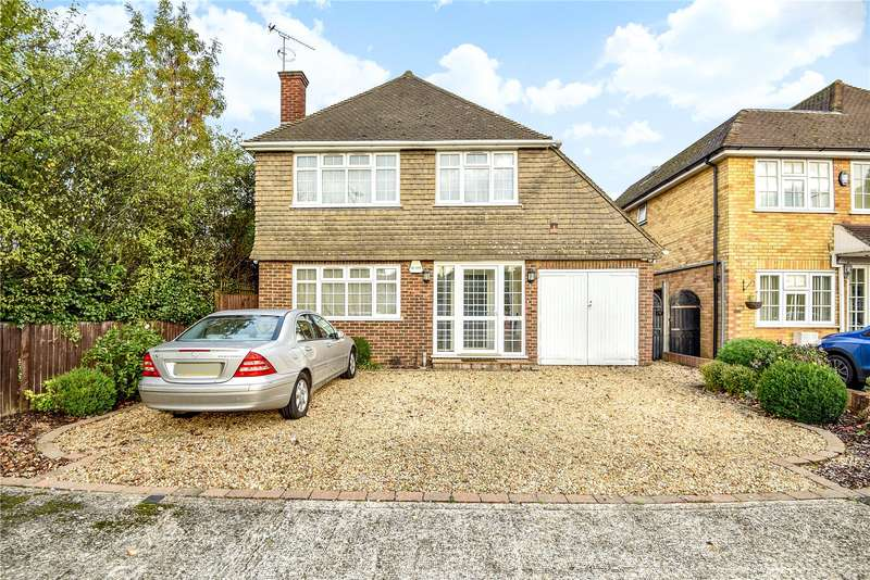 Detached house in  Long Lane  Hillingdon  Middlesex  UB10  Richmond