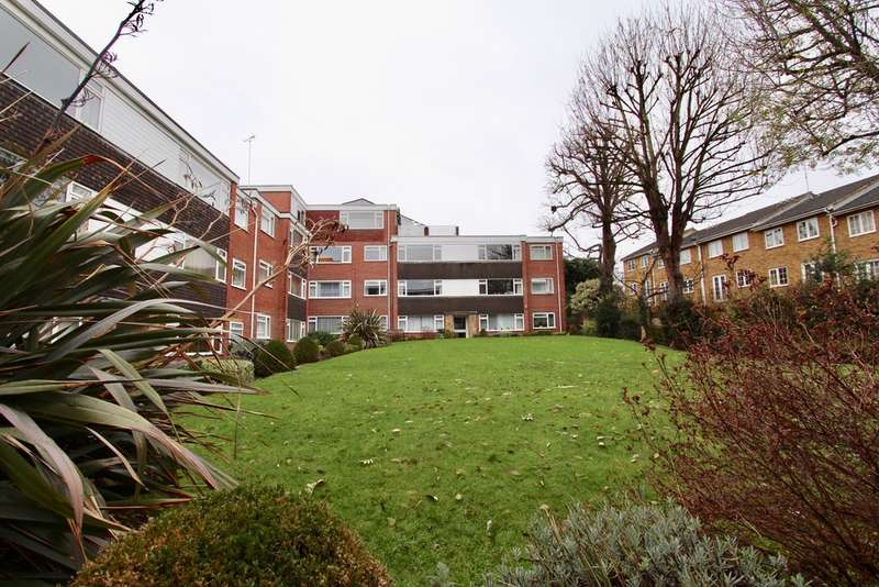 Flat in  Deer Park Close  Kingston Upon Thames  KT2  Richmond