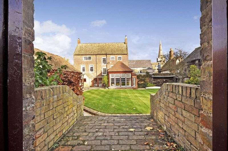 10 Bedrooms Detached House for sale in Post Street, Godmanchester