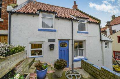 3 Bedrooms End Of Terrace House for sale in Gunn Gutter, Staithes, Saltburn-By-The-Sea, North Yorkshire