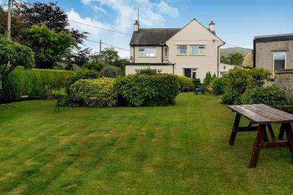 5 Bedrooms Detached House for sale in Tyn-Y-Groes, Conwy, LL32