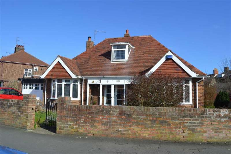4 Bedrooms Property for sale in St Wilfred Road, Bridlington, YO16