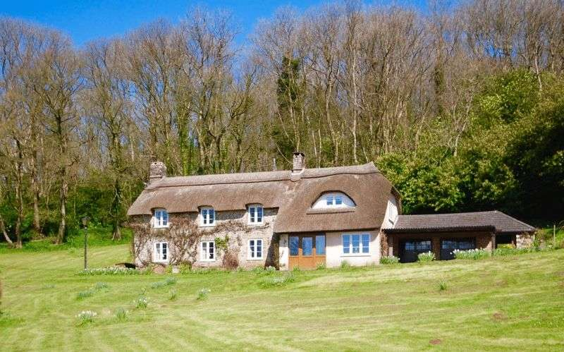 5 Bedrooms Detached House for sale in Rookham, Wells