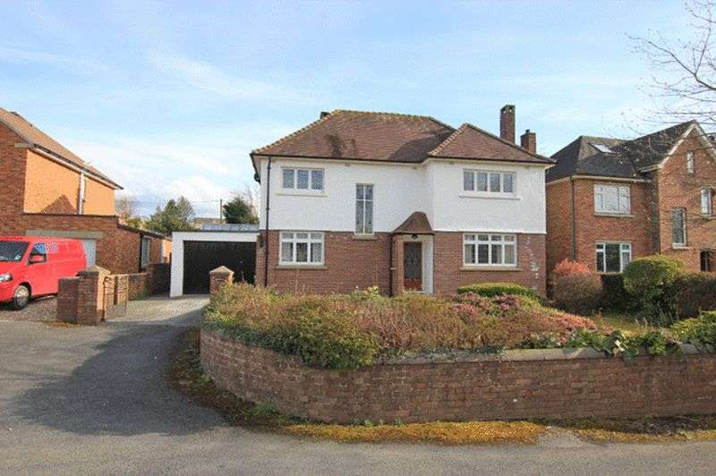4 Bedrooms Detached House for sale in PENYMORFA LANE, CARMARTHEN