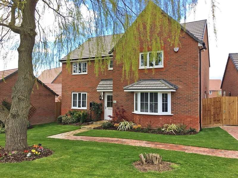 4 Bedrooms Detached House for sale in St Margaret's View, Crick
