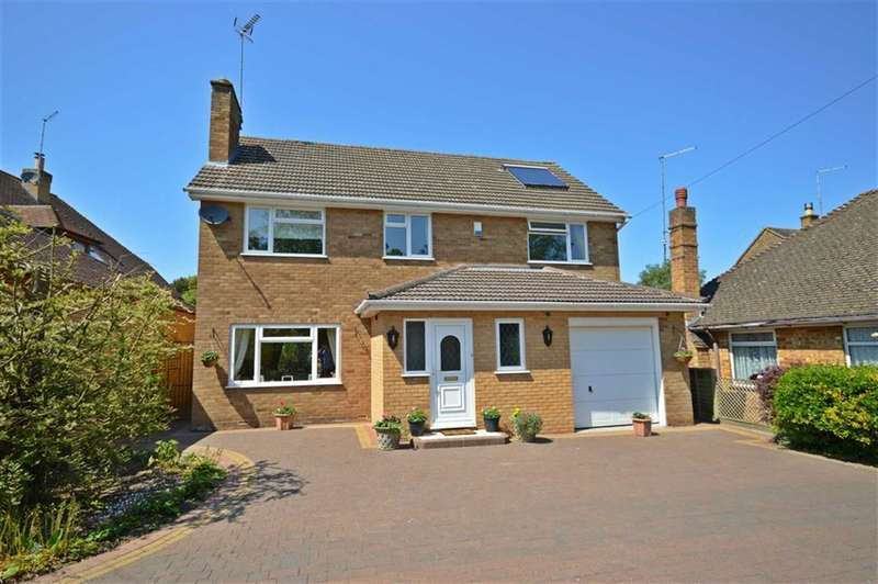 4 Bedrooms Property for sale in Overstone