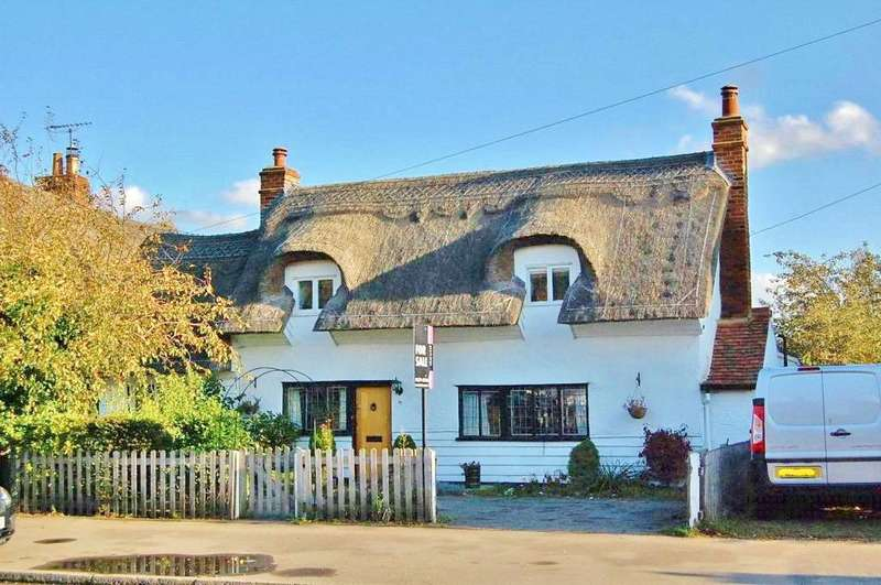 2 Bedrooms Semi Detached House for sale in Stansted Mountfitchet