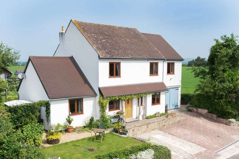 4 Bedrooms Detached House for sale in 4 Bedroom Family Home in Shenmore; near Madley, Herefordshire, HR2 9NY
