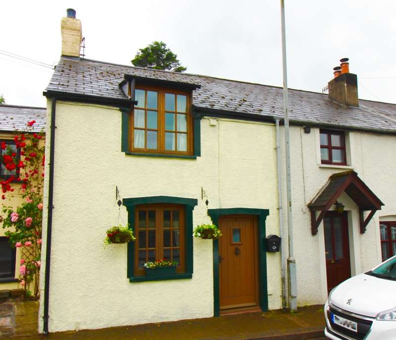 2 Bedrooms Terraced House for sale in Glangrwyney, Crickhowell, Powys, NP8