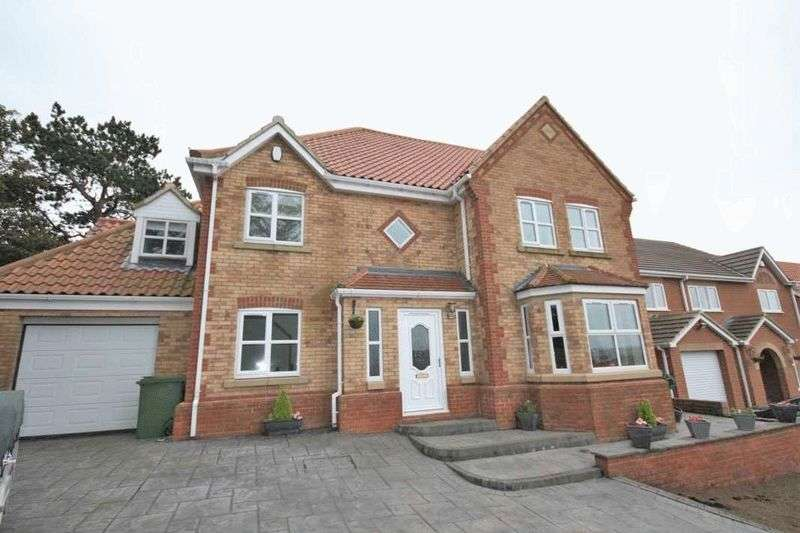 5 Bedrooms Detached House for sale in Fircroft Court, Loftus ***WITH VIDEO TOUR***