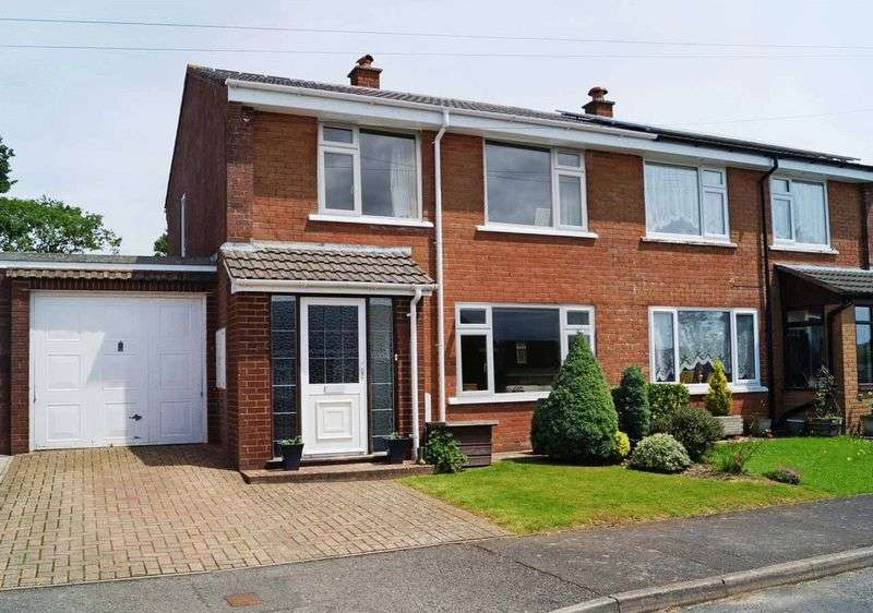 3 Bedrooms Semi Detached House for sale in CHITTLEHAMPTON