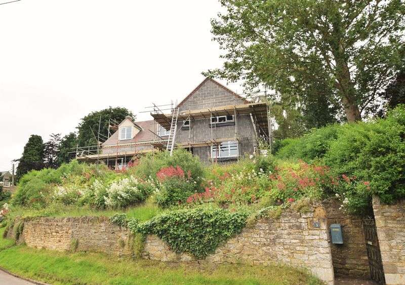 4 Bedrooms Detached House for sale in Arnhill Road, Gretton, Northants